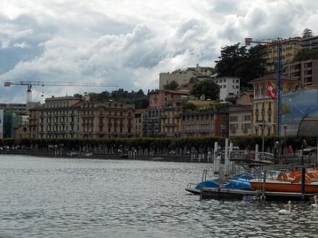 1280286897 a371a7dd96 460x345 Lugano, ciudad fronteriza
