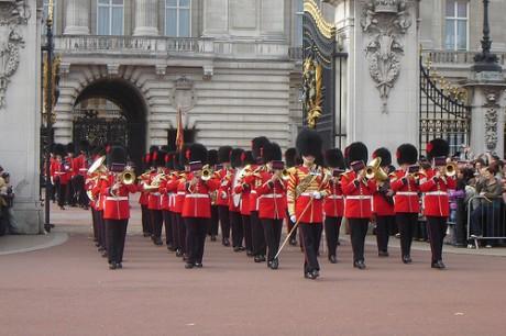 2995778121 664c9f8c94 460x306 El Cambio de Guardia, ritual en Londres