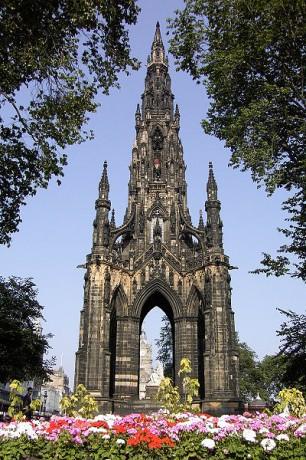 400px Schottland Edinburgh Sir Walter Scott Monument 306x460 Subiendo al Scott Monument de Edimburgo