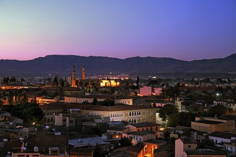 421501251 3fcbc5ab37 460x306 Nicosia, entre dos tierras