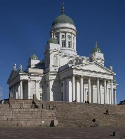539px Lutheran Cathedral Helsinki 413x460 La Catedral de Helsinki