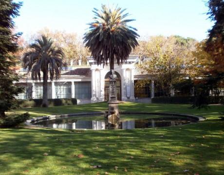 766px Jardin Botanico Madrid Linneo 460x359 Real Jardín Botánico de Madrid