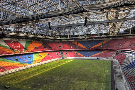 800px Amsterdam ArenA 2 460x305 El estadio Ámsterdam Arena