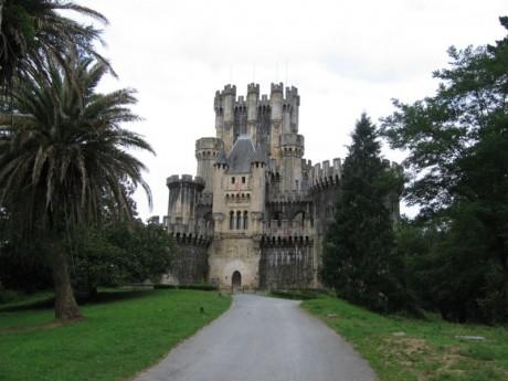 800px CastilloButron 460x345 El medieval castillo de Butrón