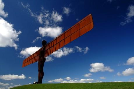 800px Fly Angel 1 460x306 El Ángel del Norte de Reino Unido