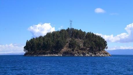 800px Isla Chelleca   Lago Titicaca   Bolivia 460x258 El lago Titicaca