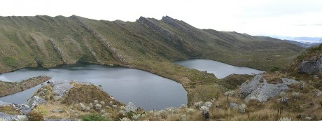 800px Lagunas de Siecha 460x173 Lagunas de Siecha