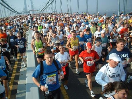800px New York marathon Verrazano bridge 460x345 Nueva edición de la maratón de Nueva York