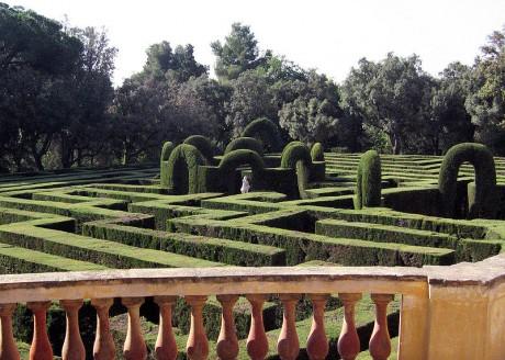 800px Parc del Laberint dHorta Barcelona 11 460x328 Piérdete en el laberinto