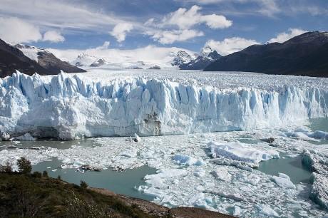 800px Perito Moreno Glacier Patagonia Argentina Luca Galuzzi 2005 460x306 El Parque Nacional de los Glaciares y el Perito Moreno
