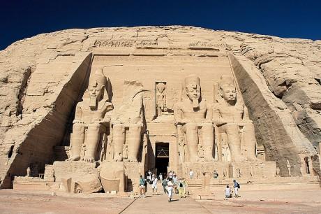 Abu Simbel 460x306 Nubia y Asuán, un museo egipcio al aire libre