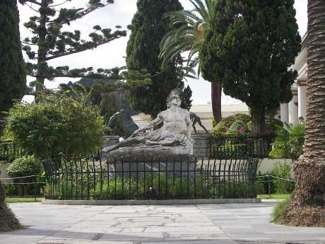 Achilleion Aquiles 460x345 Achilleion, el palacio mitológico