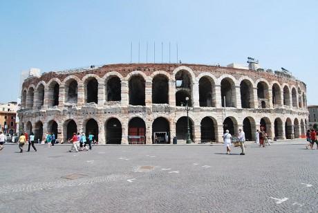 Arena Verona 1 460x308 La Arena romana de Verona, una de las mejor conservadas