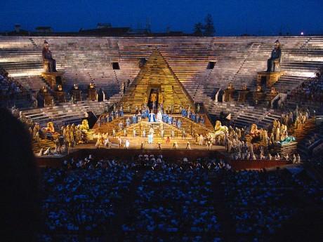 Arena Verona 2 460x345 La Arena romana de Verona, una de las mejor conservadas