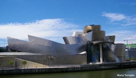 Bilbao museo Guugenheim 460x266 Museo Guggenheim, desbordando belleza