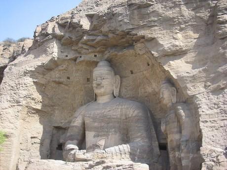 Budas de Yungang 460x345 Los templos rupestres de China