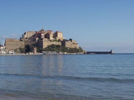 C%C3%B3rcega Ciudadela de Calvi 460x345 Las grandes islas del Mediterráneo: la montañosa Córcega