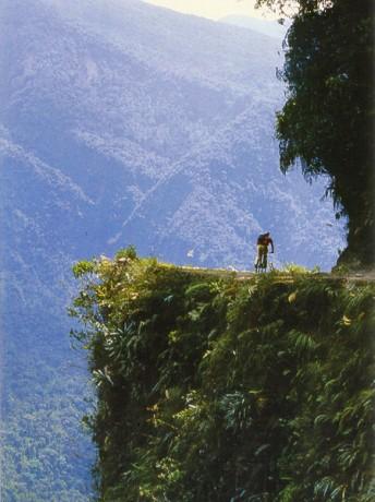 """Camino a Los Yungas 344x460 El """"Camino a Los Yungas"""", la carretera más peligrosa del mundo"""