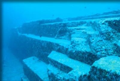 Camino de Bimini El Camino de Bimini, un muro acuático en las Bahamas