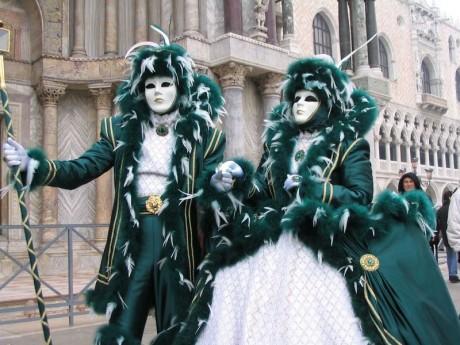 Carnaval de Venecia 2 460x345 Venecia y Viareggio, dos carnavales italianos muy distintos