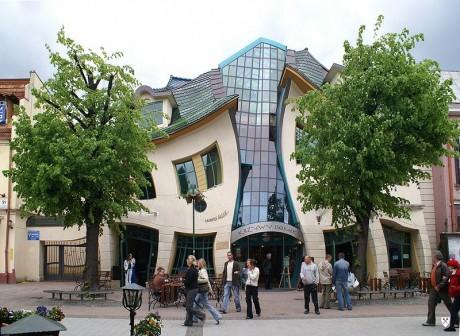 Casa Torcida 460x336 La Casa Torcida de Sopot