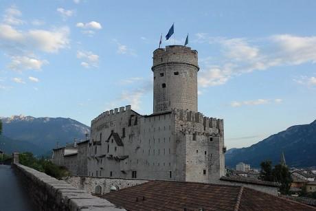 Castello del Buonconsiglio 460x307 El Castillo del Buonconsiglio, una joya del Tirol italiano