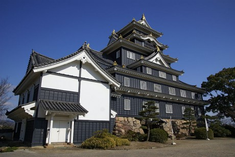 Castillo de Okayama 460x308 Okayama, el castillo del cuervo dorado