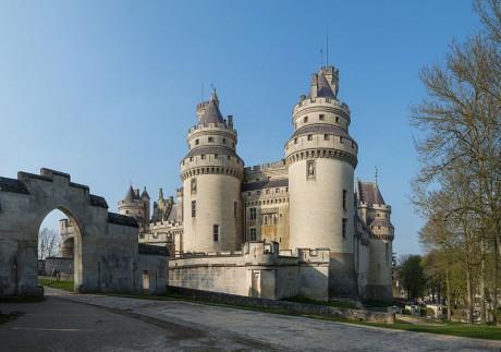 Castillo de Pierrefonds 460x323 El Castillo de Pierrefonds, una ruina medieval reconvertida
