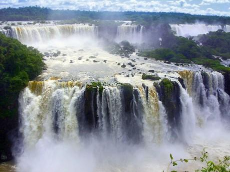 Cataratas de Iguazú 460x345 Iguazú, una maravilla entre selva y cascadas