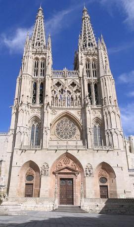 Catedral de Burgos 271x460 La Catedral de Burgos, una de las más impresionantes de España