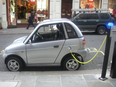 Coche eléctrico 460x345 Cómo funcionan los coches ecológicos