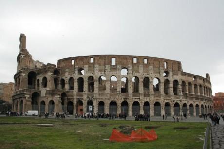 Coliseo 460x306 La difícil restauración del Coliseo de Roma