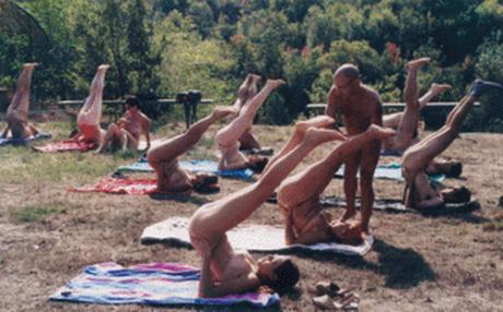 El fonoll 460x286 El Fonoll, el primer pueblo naturista de España