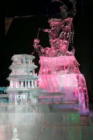 Escultura de hielo 306x460 Festivales de hielo y nieve