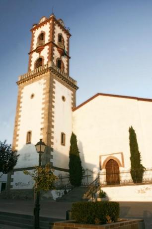 Fuente Obejuna campanario1 306x460 Fuente Obejuna y sus catorce aldeas, todos a una