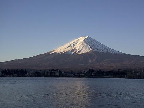 Fuji Sunrise Kawaguchiko 460x345 El mágico Fujisan