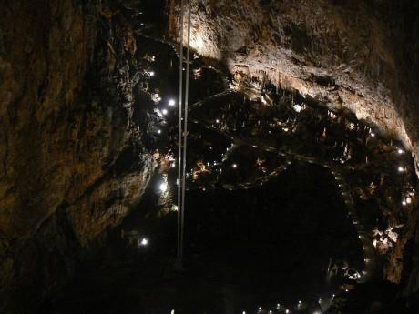 Grotta Gigante 460x345 La Grotta Gigante, la mayor gruta turística del mundo