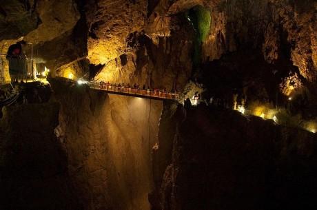 Grutas de Škocjan 460x305 Las grutas de Škocjan, un Gran Cañón subterráneo