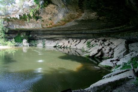 Hamilton Pool 460x306 Hamilton Pool Preserve, una piscina natural