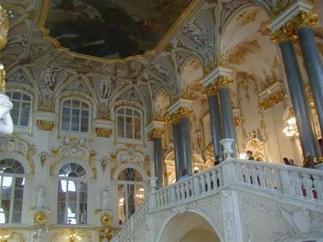 Hermitage St. Petersburg Interior 20021009 460x345 El gran Museo Hermitage