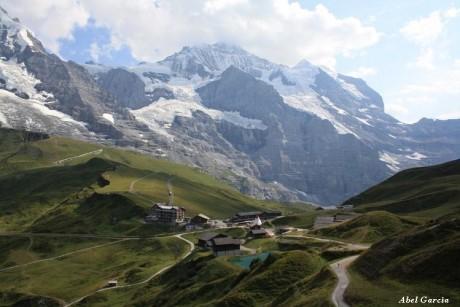 Kleine Scheidegg 2 460x307 Berner Oberland, el corazón de los Alpes suizos
