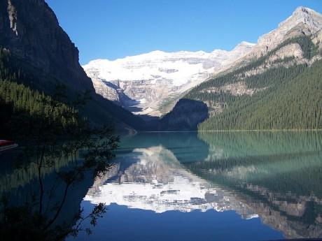 Lake Louise 460x345 Los parques naturales de Alberta