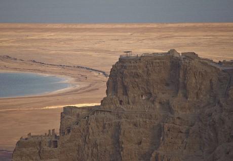 Masada 460x317 Masada, una fortaleza construida en la roca