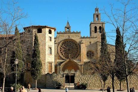 Monasterio de Sant Cugat 460x305 El imponente monasterio de Sant Cugat