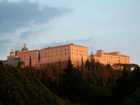 Monte Cassino 460x345 La gran abadía de Monte Cassino