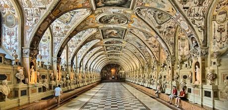 Munich Residenz Antiquarium 460x223 La Munich Residenz, un palacio urbano