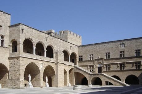 Palacio del Gran Mestre Rodas 460x306 Rodas, una ciudad histórica