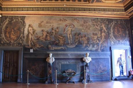 Palazzo Vecchio Sala de los Elementos 460x306 La mitología del Palazzo Vecchio