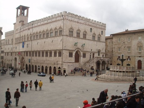 Perugia Piazza Grande 460x345 Perugia, un tesoro poco conocido