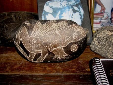 Piedras de Ica 2 460x345 La librería prehistórica de Ica
